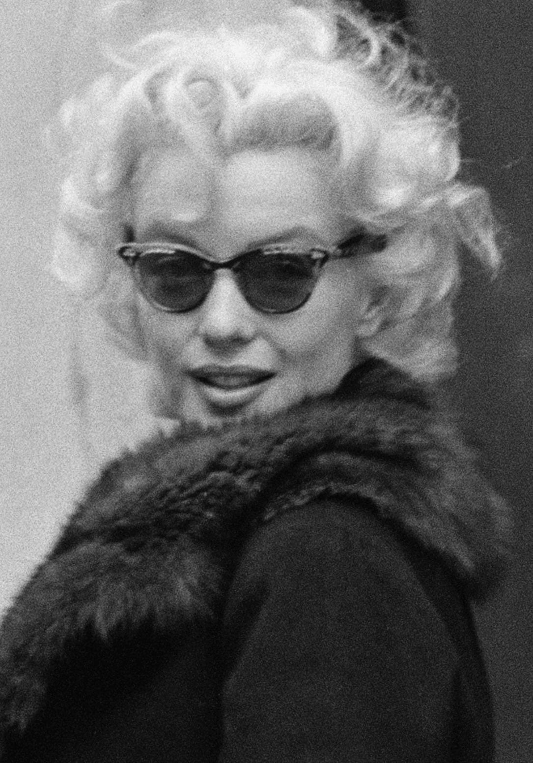 marilyn monroe as a cultural icon Marilyn monroe: a dead celebrity the pop culture icon although marilyn monroe changed her similar to the death of god through byzantine icons, gold marilyn.